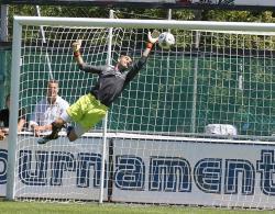 """Der Waldkraiburger Goali Doman Bozjak freute sich nach dem Spiel am meisten: """"Endlich wieder Zero!!!"""""""