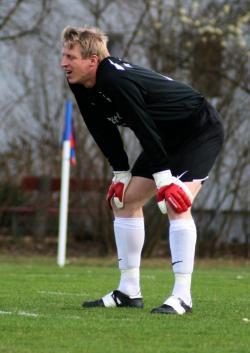 Ob Bernhard Auer auch gegen den SV Ostermünchen einen ruhigen Nachmittag erlebt?