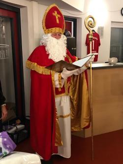 Der Nikolaus besucht unsere Fussballkinder