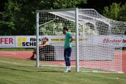 VfL-Torwart Domen Bozjak und sein Team mussten im letzten Heimpsiel der Saison eine deutliche Niederlage hinnehmen.
