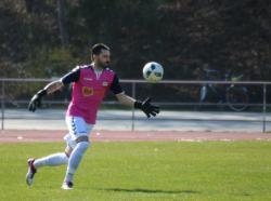 Domen Bozjak hielt einen Elfmeter in der Anfangsphase des Spiels.