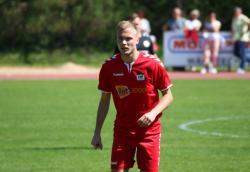 Lukas Perzlmaier erzielte den viel umjubelten Siegtreffer für den VfL.