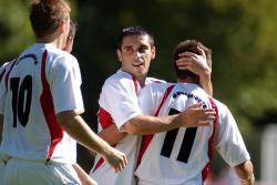 Liviu Pantea (Mitte) krönte seine starke Leistung mit 2 Treffern!