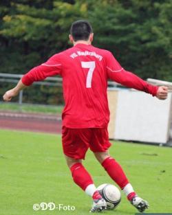 Liviu Pantea traf erneut. Ihm gelang der einziger Treffer des VfL bei der deftigen Auswärtsniederlage im Derby