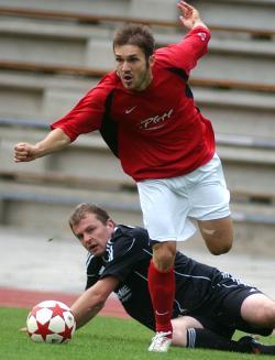 Radu Popa hätte das Spiel allein entscheiden können - sein Treffer in der Anfangsphase fand wegen Abseits keine Anerkennung