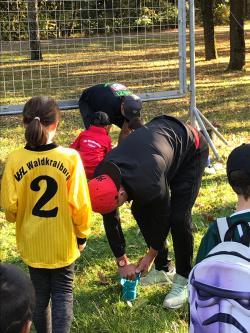 """VfL Fußball-Jugend beteiligt sich bei """"Waldkraiburg blüht"""""""