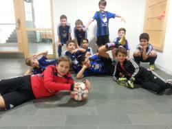 VfL E2-Junioren werden stolze Zweite beim Hallencup des SV Aschau am 10.12.2016