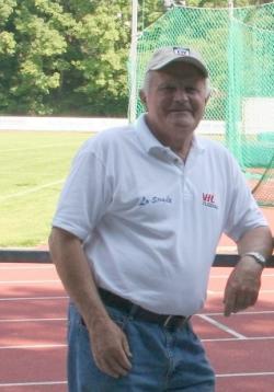 Rund 20 Jahre war Willi Hollerbach Betreuer der ersten Herrenmannschaft