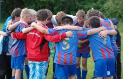 Mannschaftliche Geschlossenheit in und nach dem Spiel